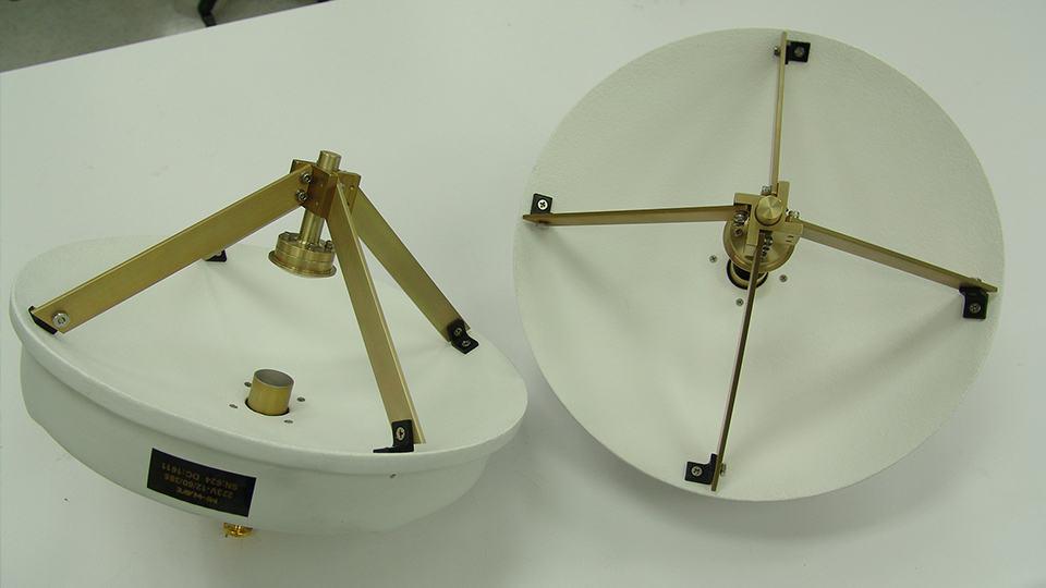 Cassegrain Reflector Antennas | Antenna Design, Gain & Specs