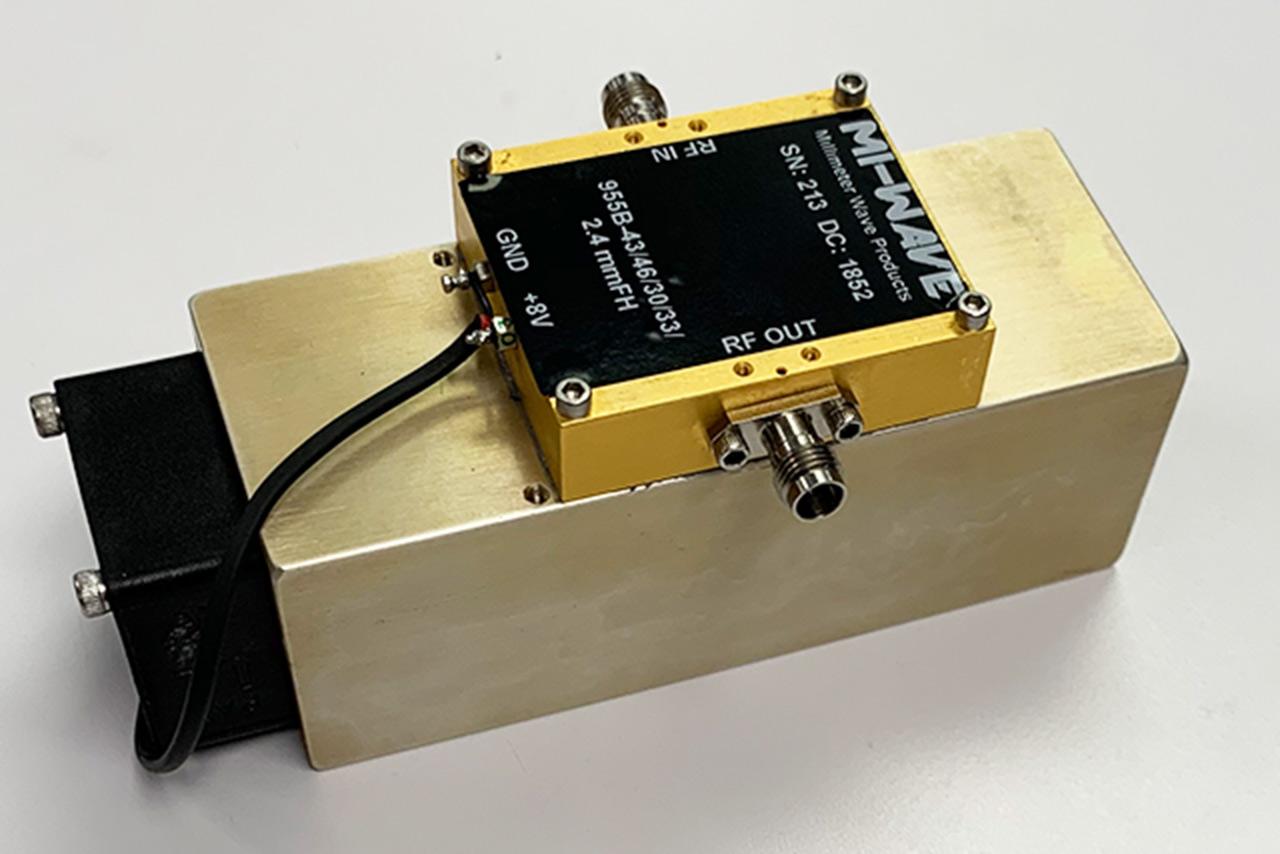 955B-43/46/30/33/2.4mmFH, Power Amplifier, 43GHz - 46GHz, Small Signal Gain 30dB, Output P1dB +30dBm