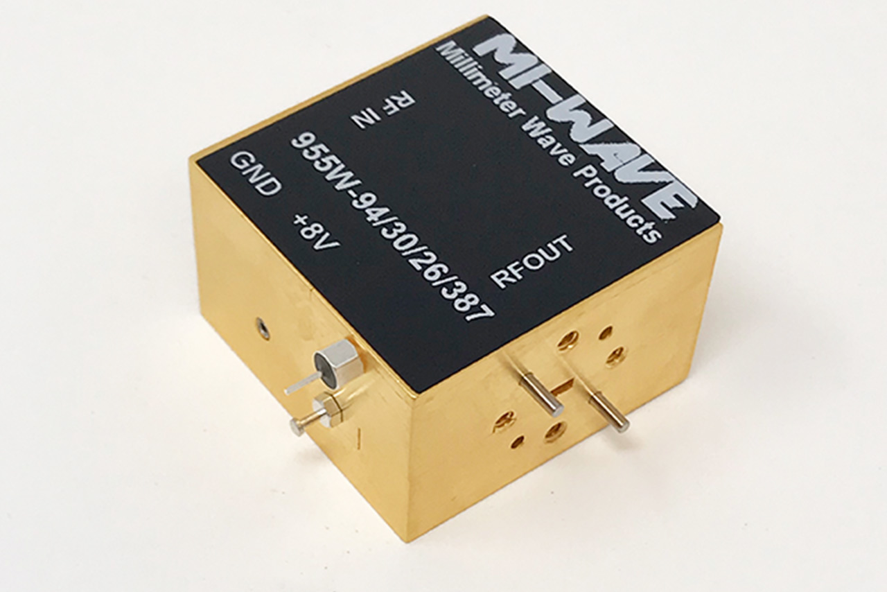 955W-94/30/26/387, RF Power Amplifier, WR-10, 92 GHz - 96 GHz, Small Signal Gain (dB) 20 dB, Output Power(Psat) (dBm) +28 dBm