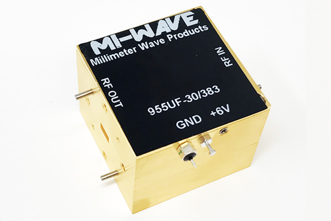40GHz to 60GHz low noise amplifier