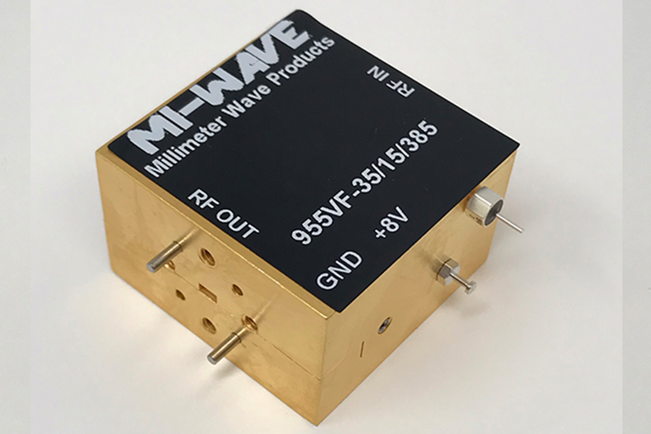 955VF-35-15-385, Low Noise Amplifier, 50 GHz - 75GHz, Small Signal Gain 35 dB, Output Power15 dBm