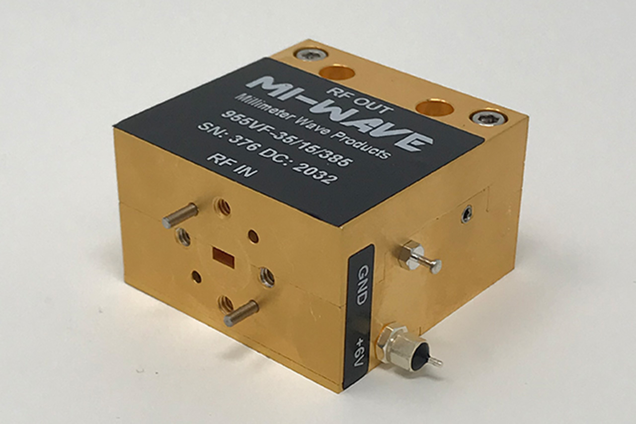 50GHz to 75GHz low noise amplifier