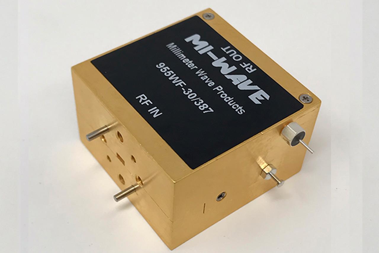 w-band, low noise amplifier